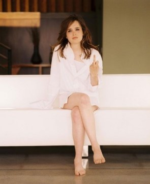 ellen page – white couch and middle finger