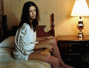 Adriana Lima – Candid Hotel Shoot – Pink Stalkings