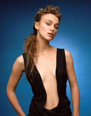 Keira Knightley – Black Dress