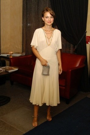 Natalie Portman – See Through 02