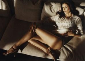 teri hatcher's legs