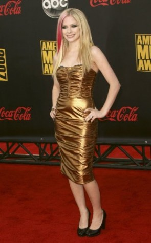 Avril Lavigne In A Golden Dress