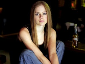 Avril Lavigne Is Too Cute