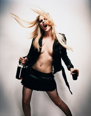 Avril Lavigne Loves Whiskey