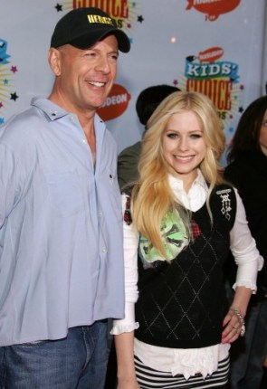 Avril Lavigne With Bruce Willis who is god damn sexy