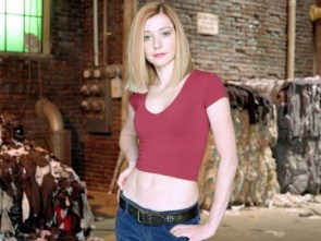 alyson hannigan – red top