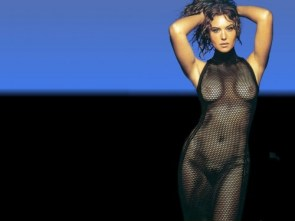 nsfw – monica bellucci – fish nets