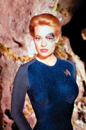 Star Trek – jeri ryan In Blue