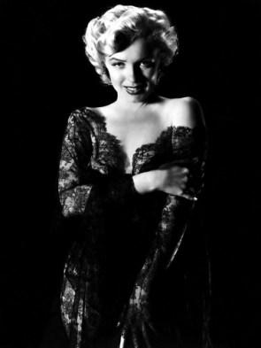 Marilyn Monroe – Slinky Dress