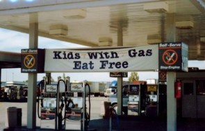 kis with gas eat free