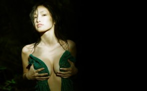 nsfw – green covered boobs