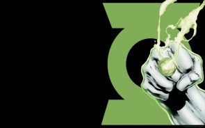 the green lantern punches at his symbol