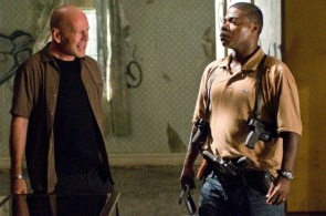 Bruce Willis and Tracy Morgan – cop out