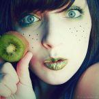 kiwi face