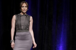 jennifer lopez – tight dress