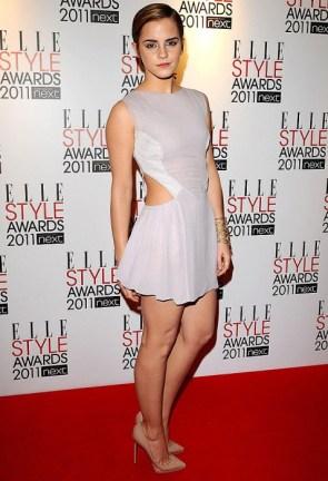 emma in short skirt