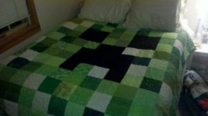 minecraft creeper blanket