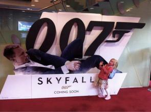 skyfall – bond shoots child