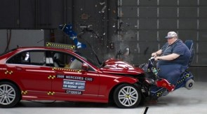 mercedes car crash test