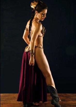 Leggy Slave Leia