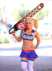 lolipop chainsaw cosplayer