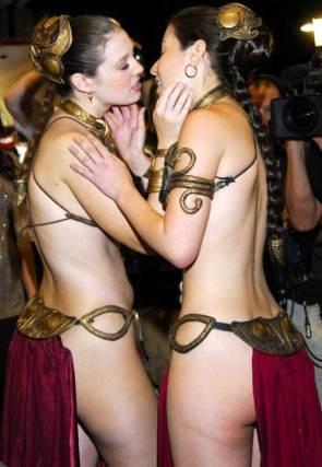 slave leia kissers