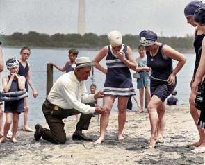 Swimsuit inspector