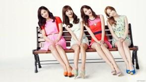 bench girls