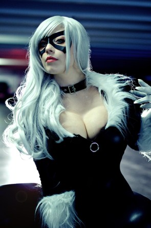 black cat by glasshousemurderer