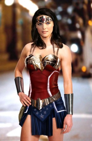 Wonder Woman looking hot