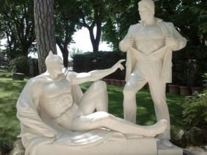 batman and superman statue