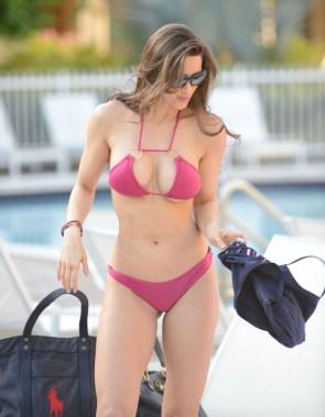 Anais Zanotti – purple bikini