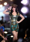 Katy Perry – Military Dress