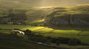 kilnsey  north yorkshire england kilnsi severnyij