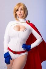 Ardella – Powergirl Cosplay