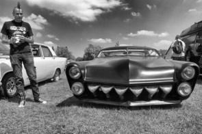 Teeth Car