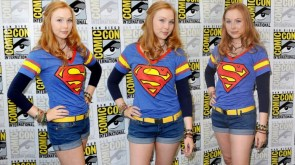 Molly Quinn – Super shirt