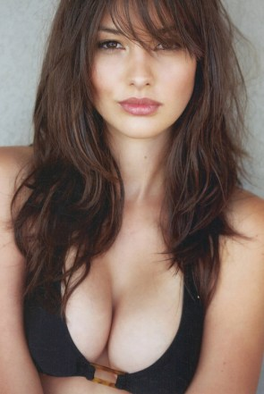black busty bra