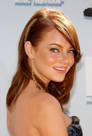 Emma Stone looking over her sholder