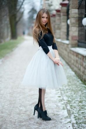 fluffy white skirt