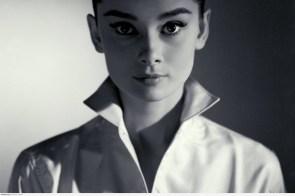 Audrey Hepburn – high collar
