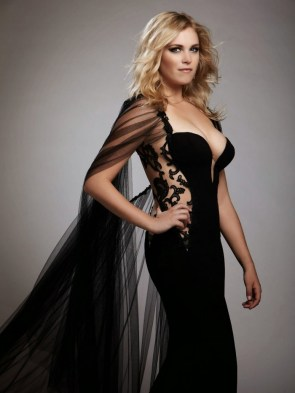 Eliza Taylor – in a black dress