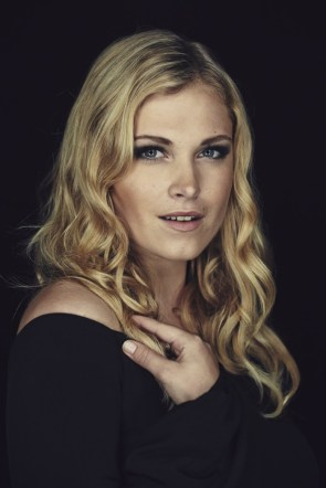 Eliza Taylor – with way too much eye liner