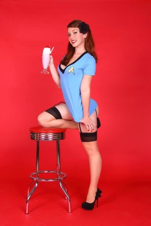 Star Trek Pin up