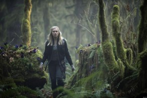 The 100 – Blonde in the woods