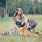 Bindi Irwin with a Bengal Tiger