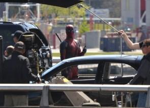 Deadpool Thumbs Up