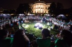 Obama night cult on white house lawn
