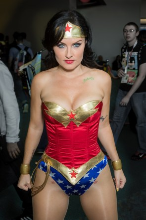 Wonder Woman cosplay by Jennifer Wenger
