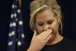 Amy Schumer wiping her pig nose